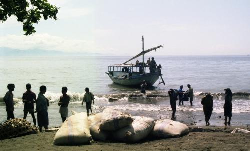 Bali_boat_1992b s